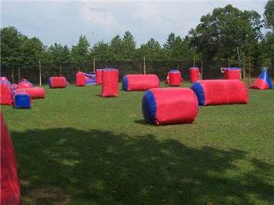 Air-sealed 0.9mm PVC Red Tarpaulin Bunkers Field Piantball Game, Wholesale Inflatable Paintballs BY-IS-063