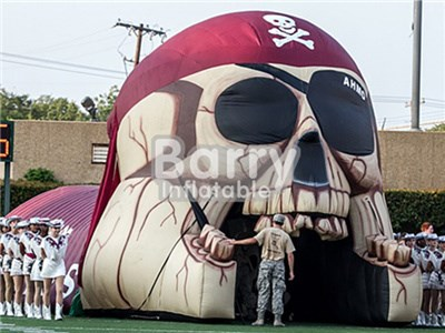 Giant Pirate Tunnel inflatable football helmet for sale ,inflatable football helmet run through  BY-IS-016