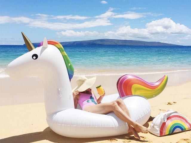 Made in China alibaba wholesale manufacture pvc white water inflatable horse floating BY-WT-006