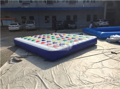 Massive Outdoor Inflatable Twister Game,Large Inflatable Twister Mattress  BY-IG-081